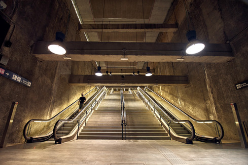 MetroPortaFira01.jpg