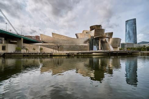 GuggenheimBilbao00.jpg