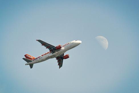 Avion a la Luna.jpg