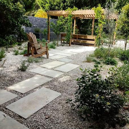 A Contemporary Mediterranean Garden