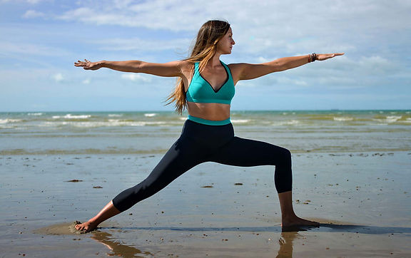 outdoor-yoga-in-Brighton-kirsty-hove-law