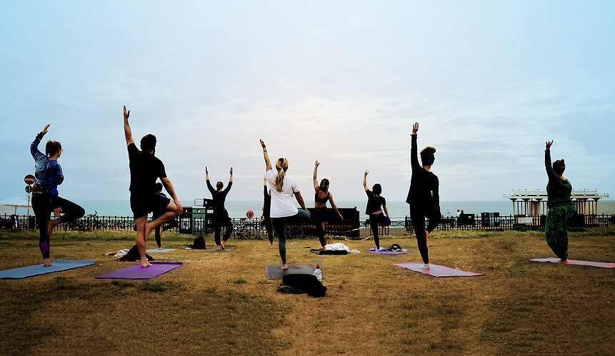 BrightonYoga-outdoor-yoga-in-Brighton-an