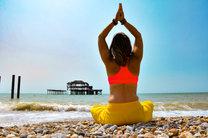 yoga on Brighton beach
