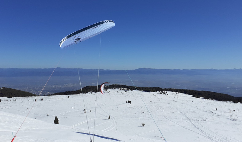 Snokiting on Vitosha Mountain