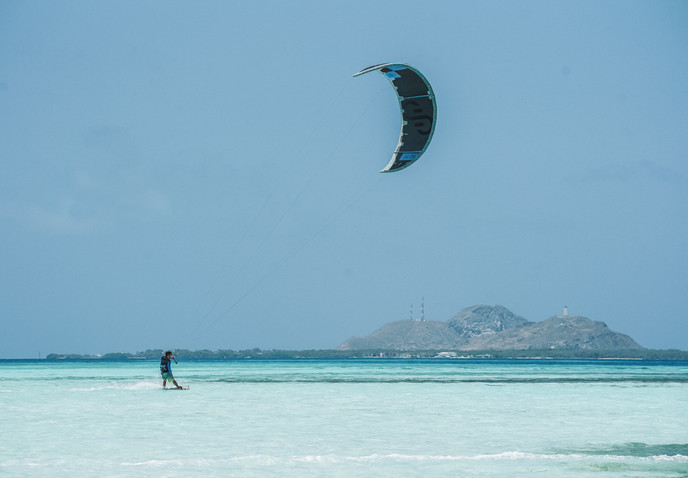 kitesurfing in Los Roques