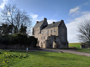 10 Stunning Outlander Locations From Season One (part one)
