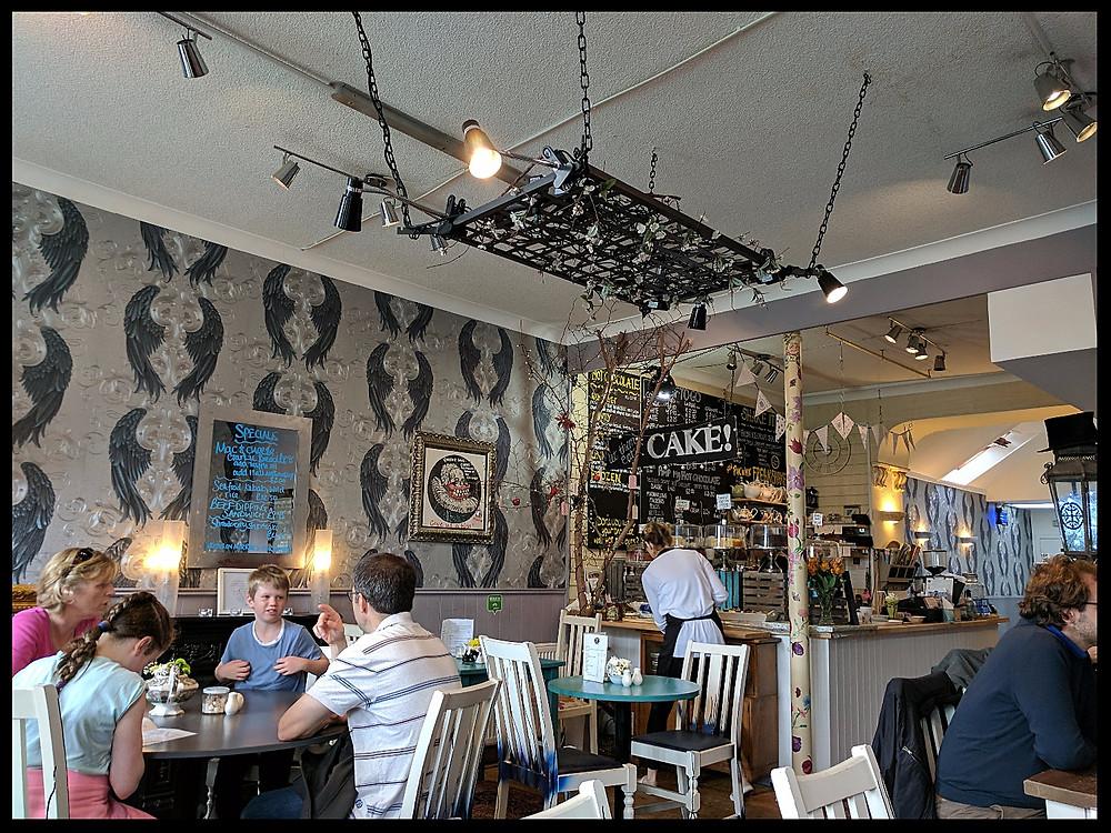 Café des Fleurs, Dollar, Scotland