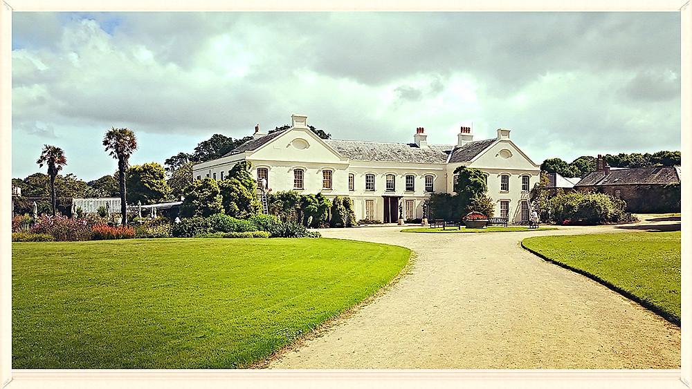 Samarès Manor & Gardens