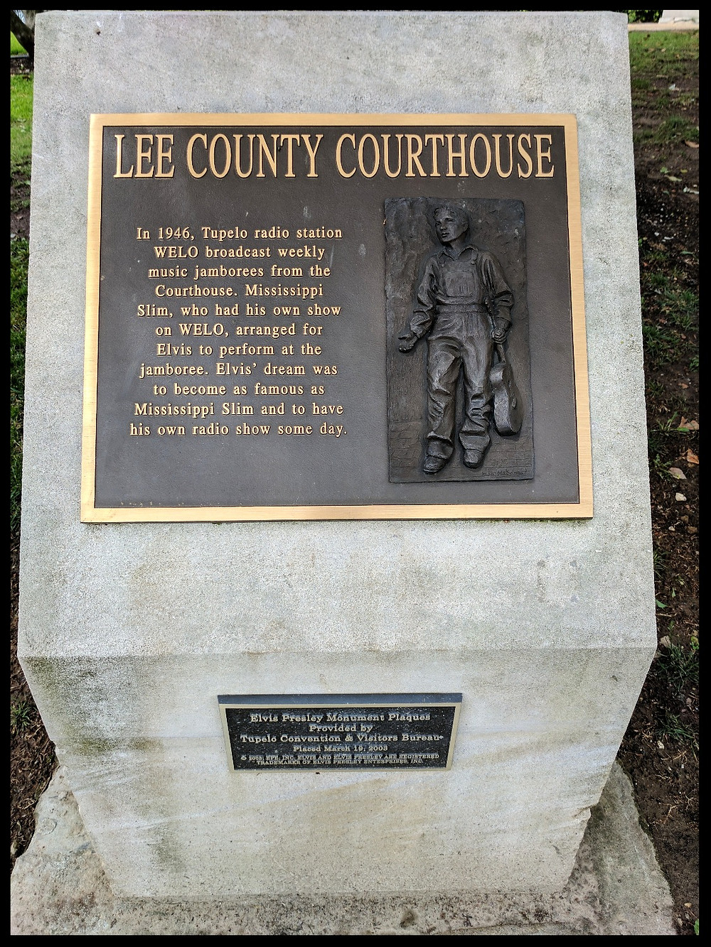 Lee County Courthouse, Tupelo, Mississippi.