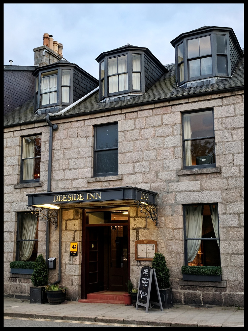 Deeside Inn, Ballatar, Scotland