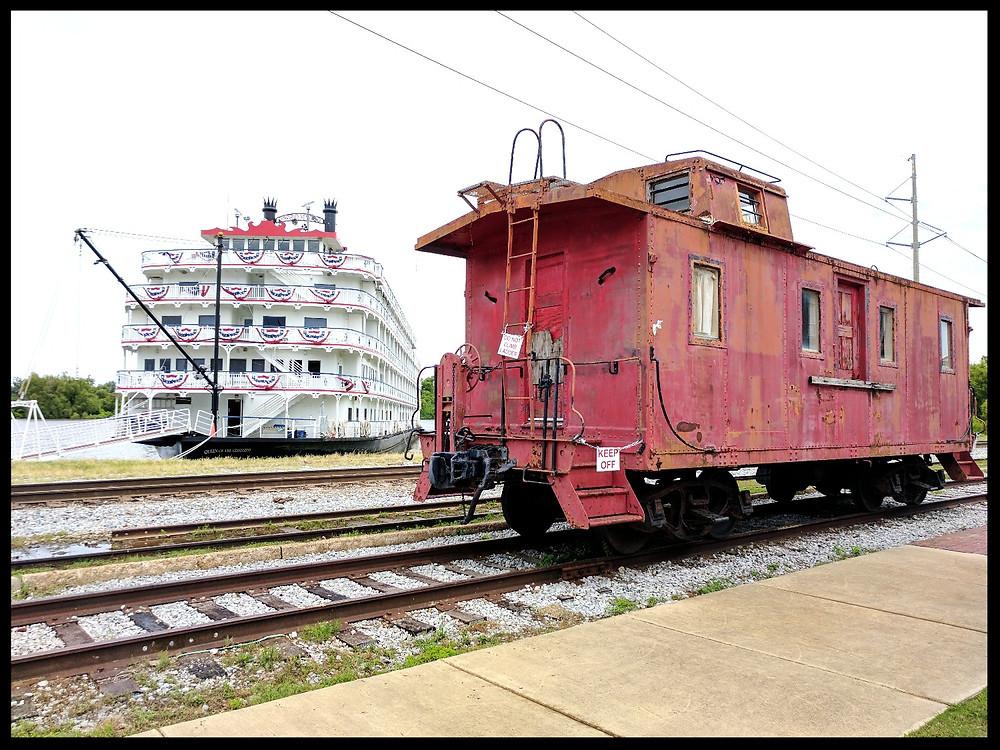 Mississippi riverboat cruises, Vicksburg.