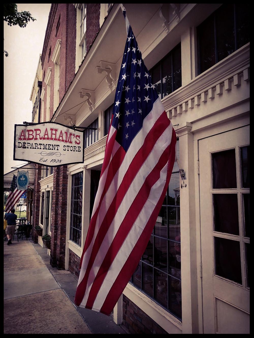 Washington Street, Vicksburg, Mississippi
