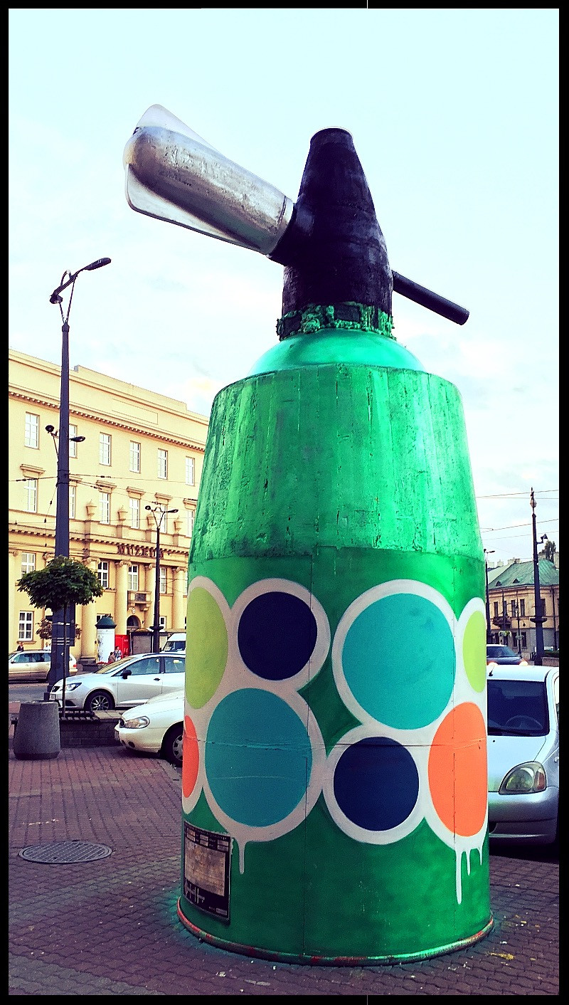 Polish Street Art - Paint Spray Can Sculpture