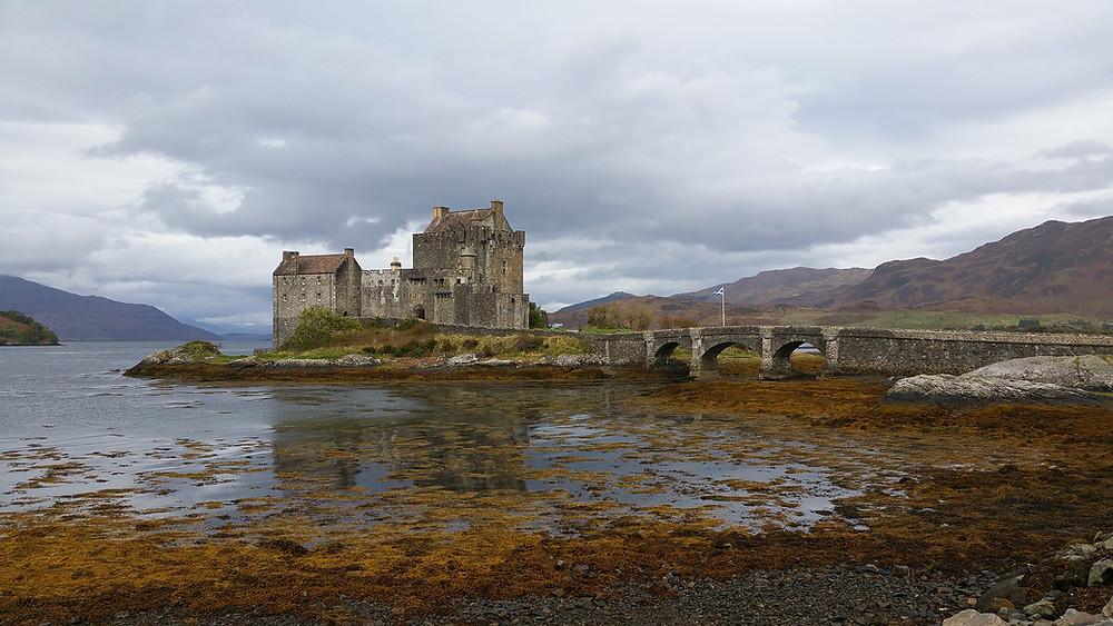 Best castles to visit in the Highlands of Scotland. Eilean Donan Castle