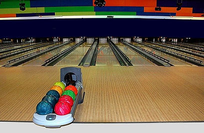bowling-alley-1636278_640_01-24-2021.jpg