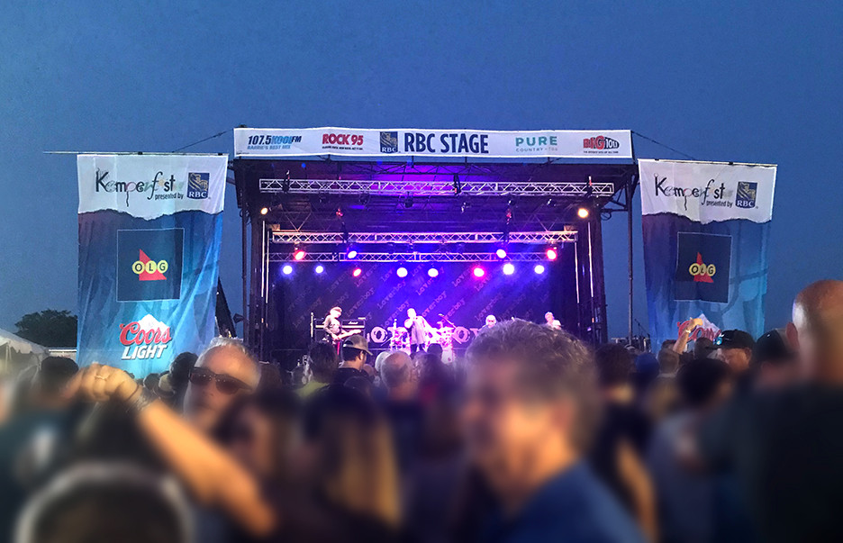 The RBC Stage at 2019 Kempenfest in Barrie, Ontario. Custom printed stage mesh from Flags Unlimited.