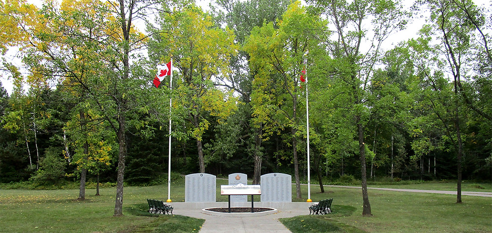 CEF Civic Memorial in Thunder Bay, Ontario. The memorial is dedicated to the First World War battalion of the current regiment, the 52nd (New Ontario) Battalion, Canadian Expeditionary Force.