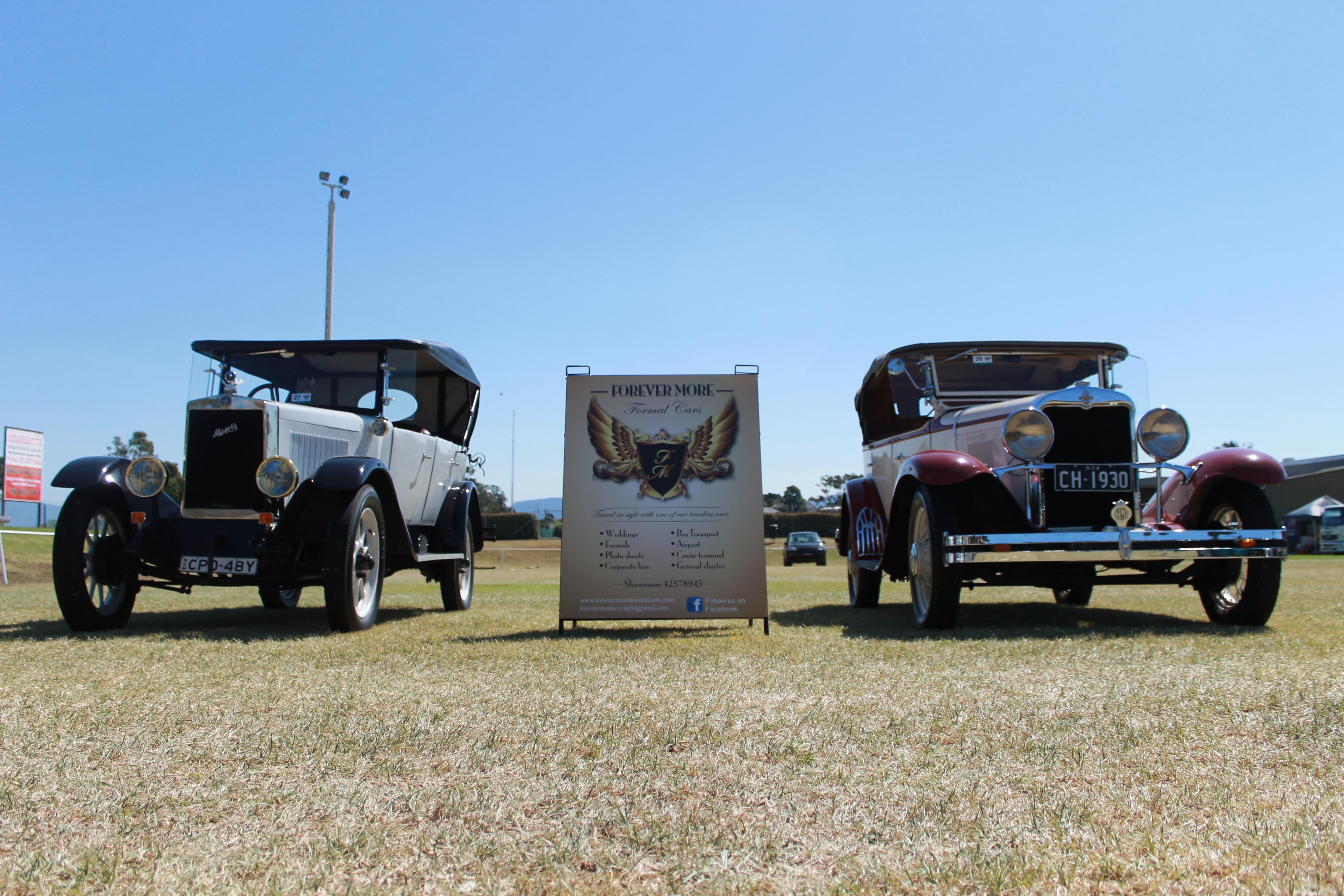1926 Morris Cowley & 1930 Chevrolet