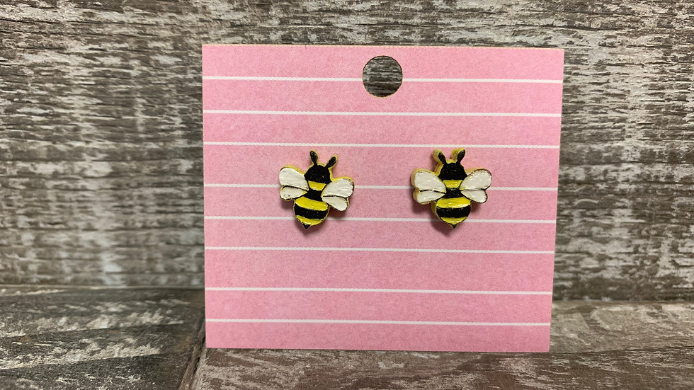 Bumble bee wooden stud earrings!