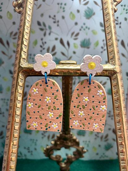 Modern & trendy daisy wood dangle stud earrings 5 styles!