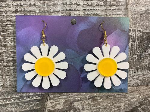 Acrylic daisy dangle/drop earrings 2 styles!