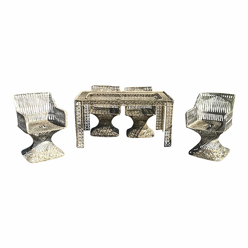Unique Mid-Century Modern Russell Woodard Spun Fiberglass Patio Set