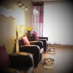 Large Mani/Pedi room