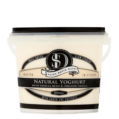 Saint David Dairy / Natural Vanilla Bean & Organic Panela Yoghurt / 800mL