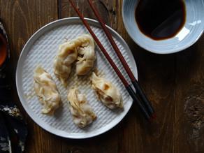 Un breve viaggio fino in Cina senza biglietto: ravioli for dummies cotti in padella