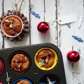 Muffin ai cachi e nocciole, il sapore dell'inverno