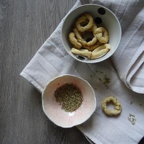 Tarallini ai semi di finocchio fatti in casa