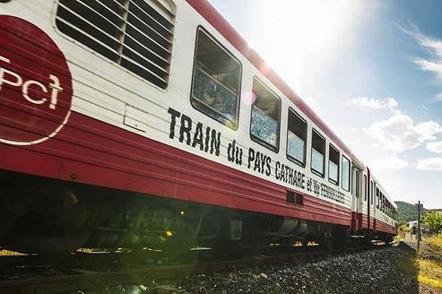 train rouge.jpg