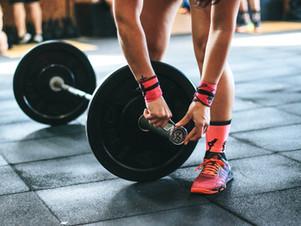 Exercício físico em casa - dica simples: como fazer os seus próprios pesos!