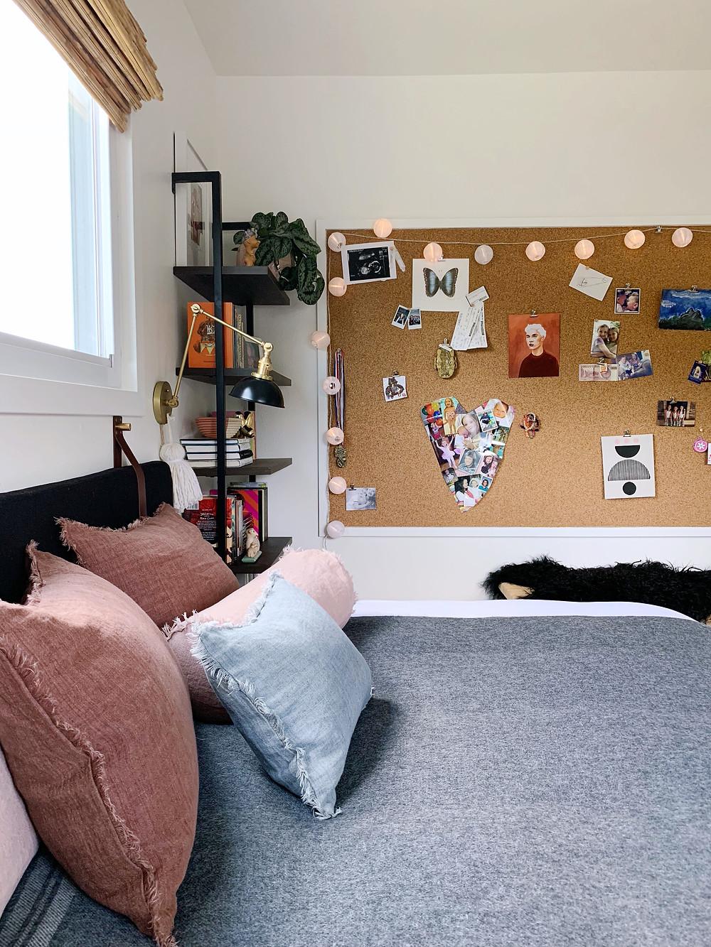 teen room, cork wall