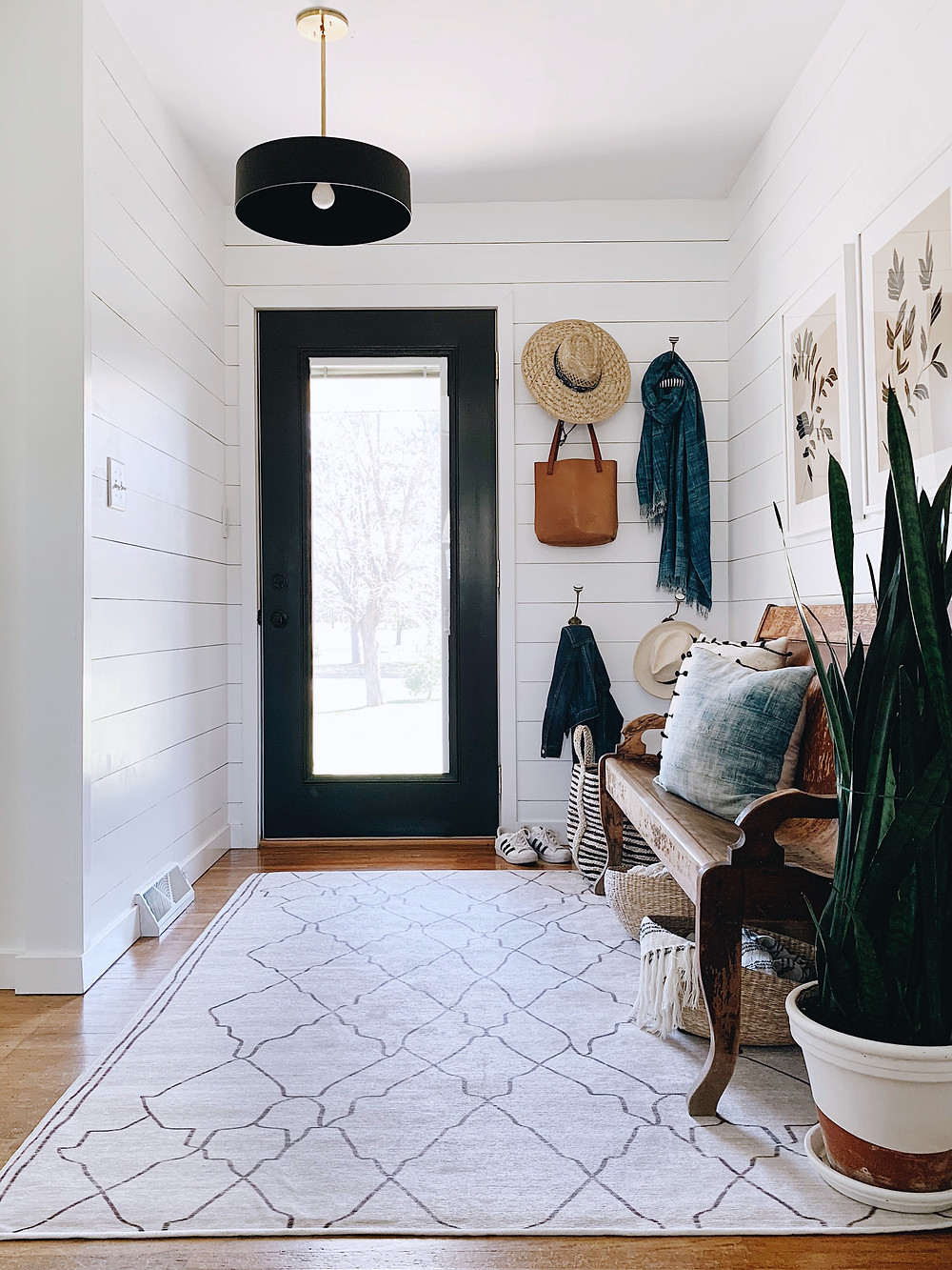 Shiplap Foyer with Ruggable Rug