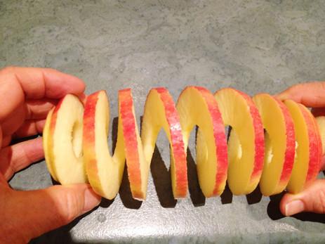 Apple slinky