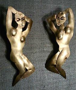 Nude earrings