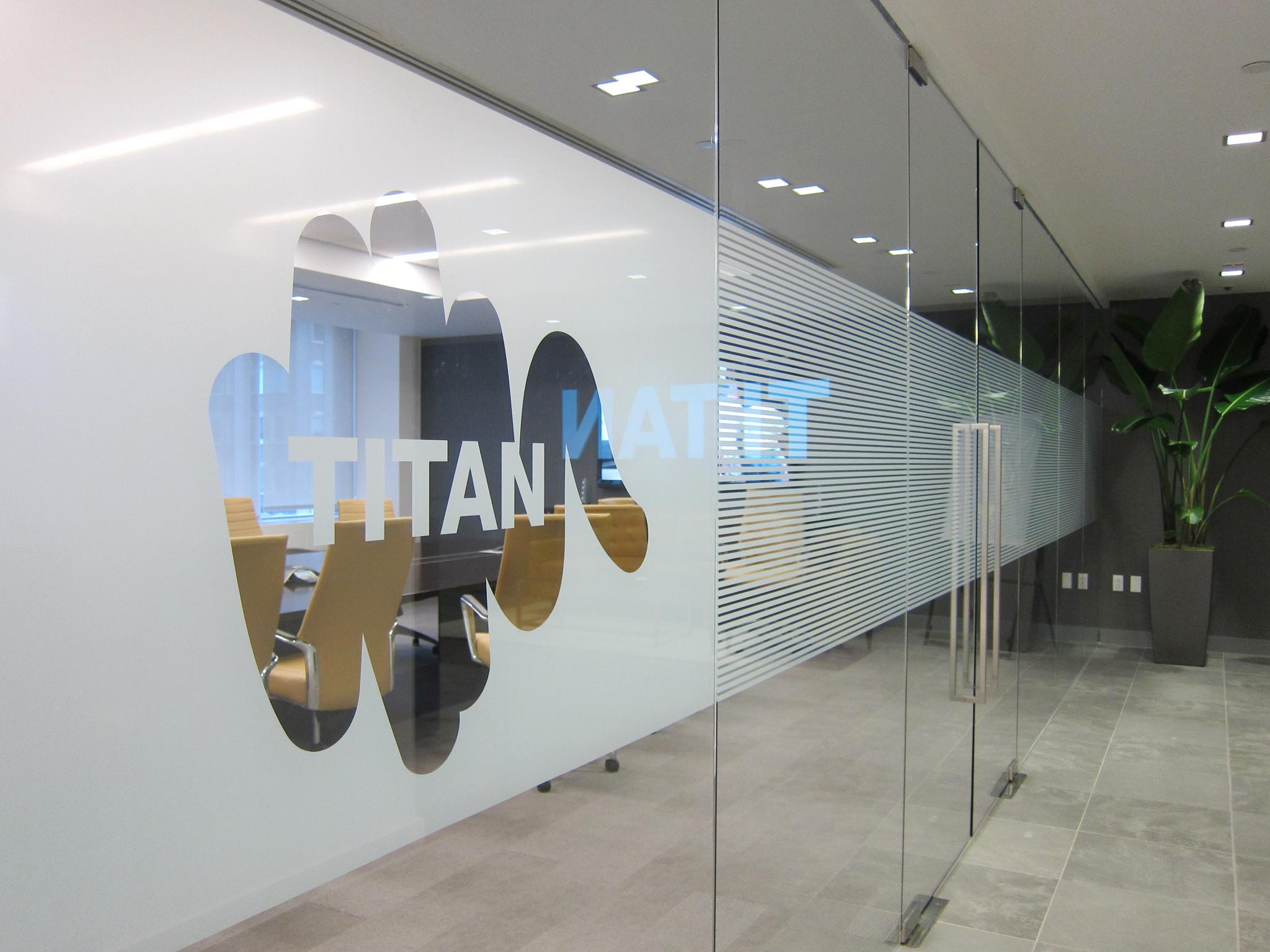 titan_sm4