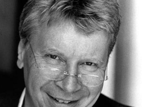 Tobias Grau