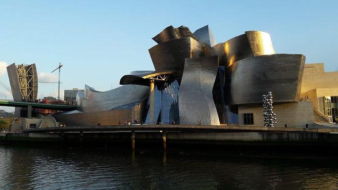 Frank_Owen _Gehry_Architecte_Objetdeco_C