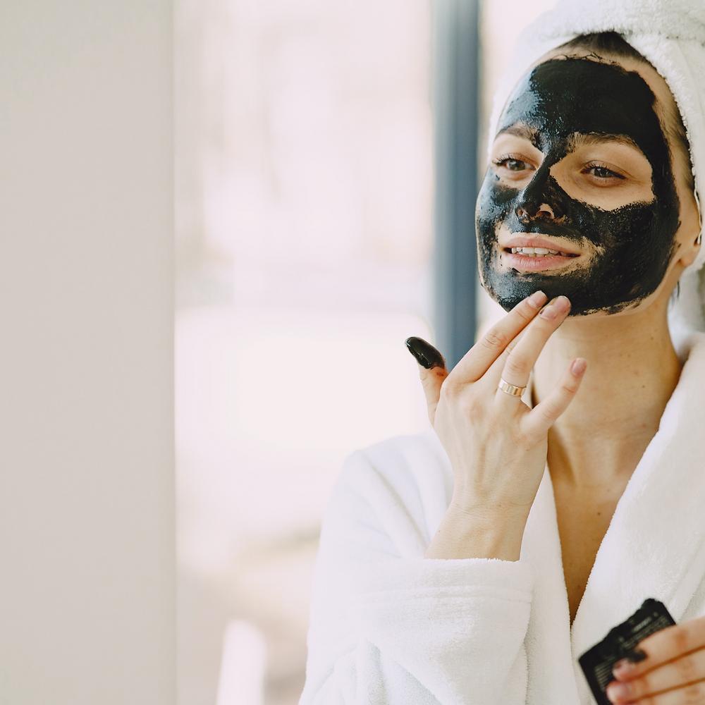 True Natural Wellness by Dreaming Field Farm CBD Charcoal Mask