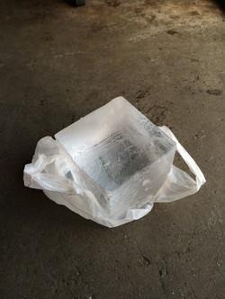 Block ice(5 x 5 x 5 Inches)