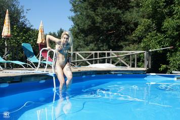 Tatouages et piscine 02