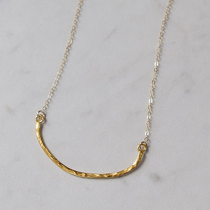 SLEEPING MOON NECKLACE