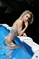 Tatouages et piscine 09
