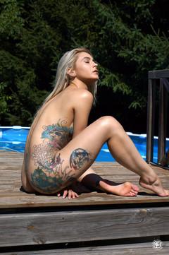 Tatouages et piscine 16