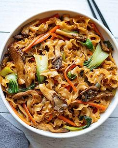 Oyster-Mushrooms-Noodle-Stir-Fry.jpg