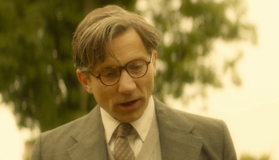The Theory Of Everything - Simon McBurney Wig, Make up