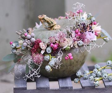 цветочная композиция в тыкве