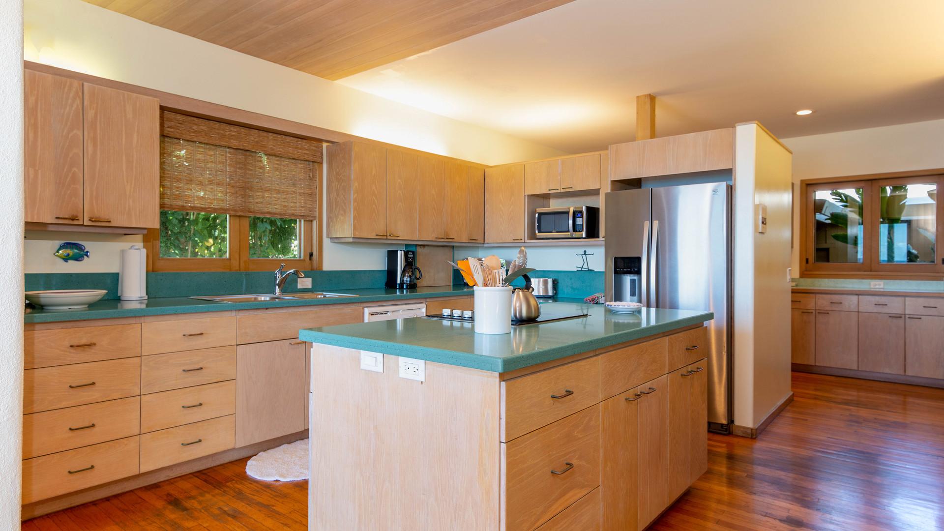 7-1-Kitchen 2.jpg